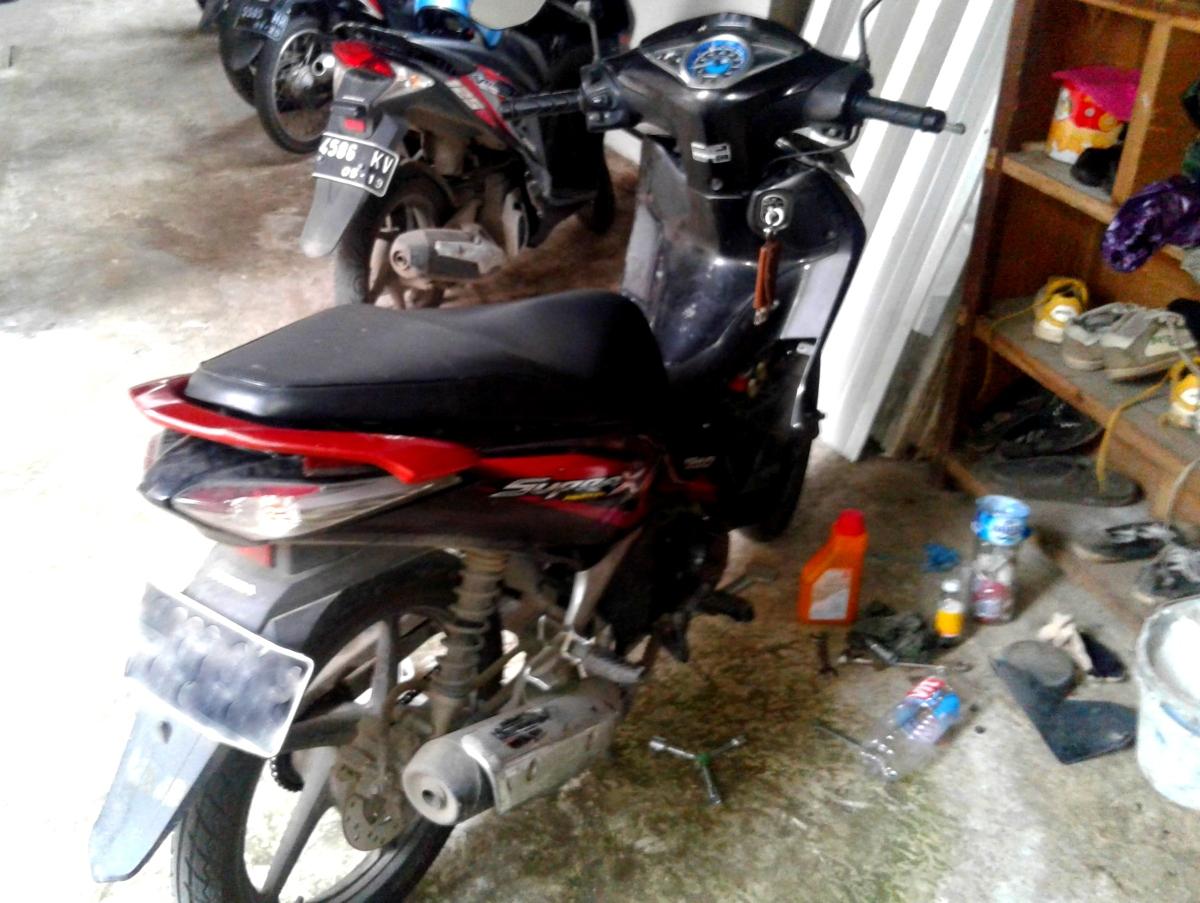 Ganti Oli (sendiri): Supra X Helm In